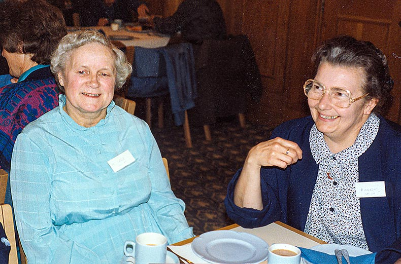 Mary Sare  (left) with Pat Wright